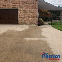 Austin Stone Brick-Concrete Pathway After - Patriot SoftWash