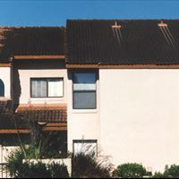 Clay Tile Roof - 2-Story Multi-Unit (side) Before - Patriot SoftWash