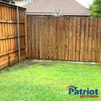 Wood Fence Wash After - Patriot SoftWash