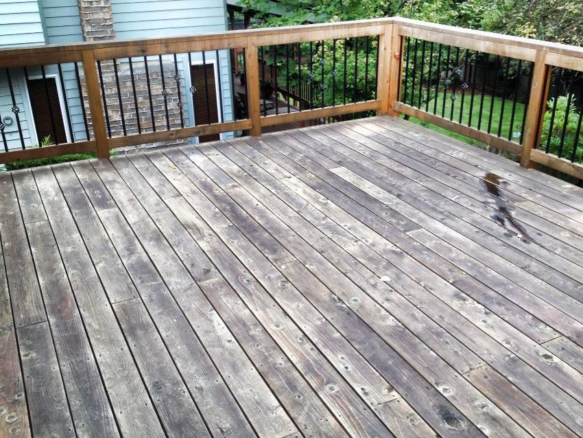 Wood Decking Before - Patriot SoftWash